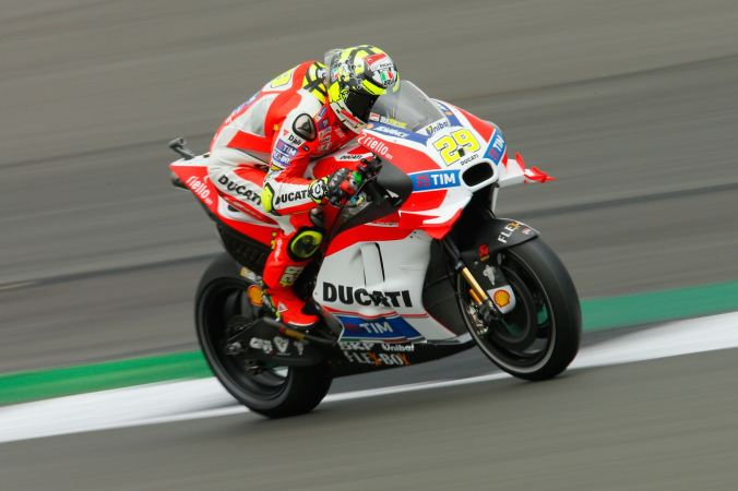 2016-silverstone-motogp-friday-free-practice-results-ducati-iannone-1-1